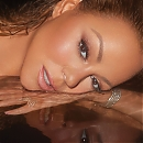 AL_MARIAH_CAREY_SHOT_01_209_crop.jpg